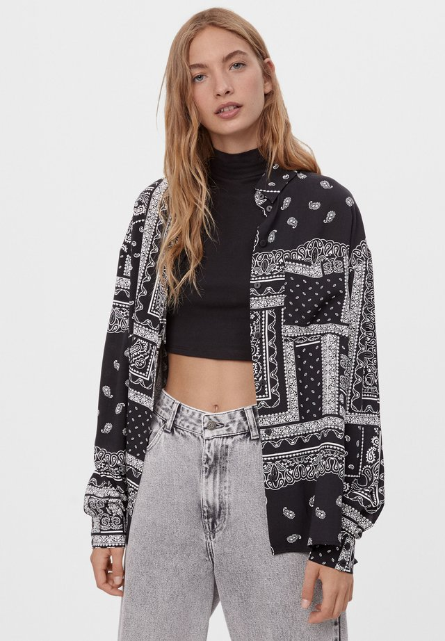MIT BANDANA-PRINT - Skjortebluser - black