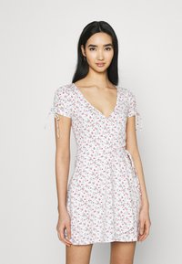Hollister Co. - DRESS - Jerseykjole - white - 0