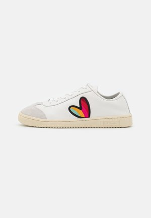 SHOE ZIGGY HEART EMBROIDERY - Sneakers laag - white
