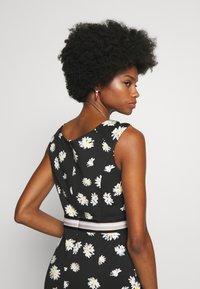 s.Oliver BLACK LABEL - Shift dress - black - 3