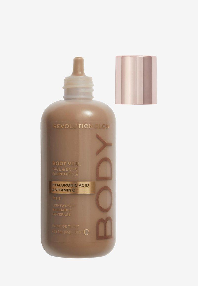 Makeup Revolution - REVOLUTION BODY VEIL FACE & BODY FOUNDATION - Foundation - f13.5