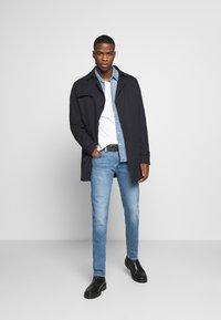 Levi's® - BARSTOW WESTERN SLIM - Skjorta - dark indigo - worn in - 1