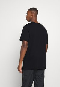 Nike Performance - FC BARCELONA TEE GROUND - Camiseta de deporte - black - 2