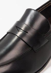 Fratelli Rossetti - Elegantní nazouvací boty - york nero - 5