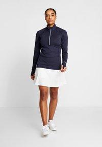 Puma Golf - PWRSHAPE SOLID SKIRT - Sports skirt - bright white - 1