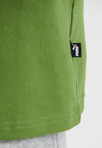 Puma - REBEL BLOCK TEE - T-Shirt print - garden green - 5