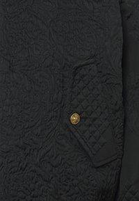 Versace Jeans Couture - MATELASSE BAROQUE  - Bomber Jacket - black - 6