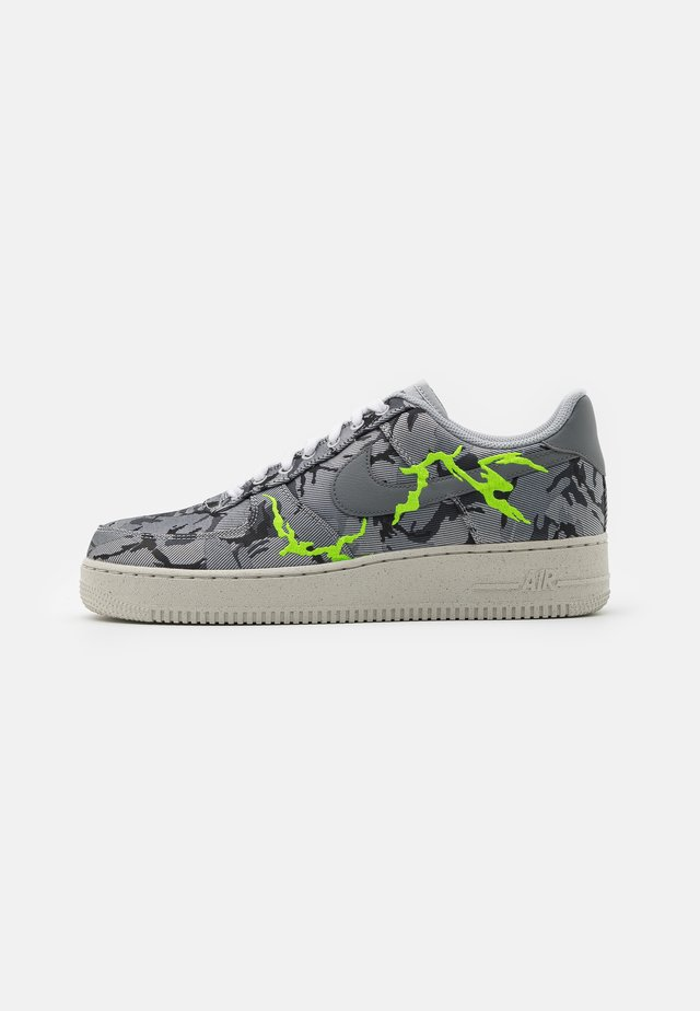 AIR FORCE 1 '07 LX M2Z2 - Sneakers basse - smoke grey/electric green/bone white