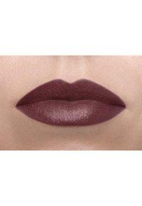 Nyx Professional Makeup - SUEDE MATTE LIPSTICK - Lipstick - 6 lolita - 2