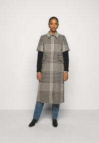 MM6 Maison Margiela - Classic coat - black - 0