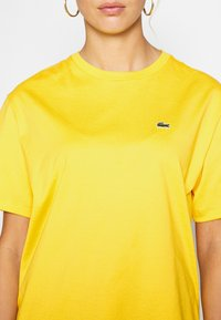 Lacoste - T-shirt basic - guepe - 5