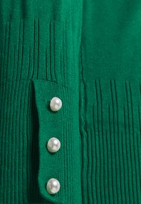 Dorothy Perkins Curve - FOREST CUFF CREW NECK JUMPER - Pullover - green - 2