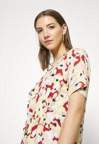 Soaked in Luxury - SLRAFINA DRESS - Kjole - multicoloured - 3