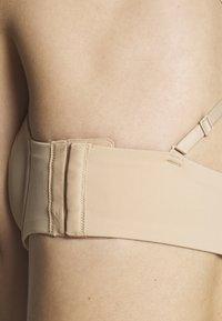 Calvin Klein Underwear - STRAPLESS CAPSULE - Reggiseno con spalline regolabili - bare - 7
