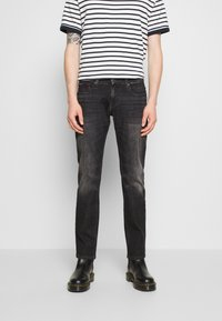 Tommy Jeans - SCANTON SLIM - Slim fit jeans - grey denim - 0