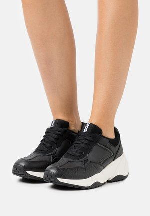 TULA - Trainers - black