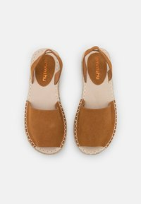 Emmshu - LUZIA - Korkeakorkoiset sandaalit - brown - 5