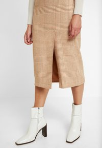 EDITED - STEPH SKIRT - Jupe crayon - camel - 3