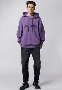 Tigha - Hoodie - vintage lilac - 1