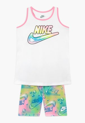 BUBBLE BIKE SHORT SET - Medias - pink