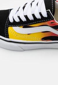Vans - OLD SKOOL EXCLUSIVE - Zapatillas - black/true white - 5