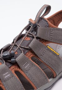 Keen - CLEARWATER CNX - Walking sandals - raven/tortoise shell - 6