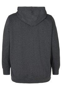Zizzi - MIT KAPUZE - Sweatshirt - black - 6