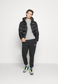 Nike Sportswear - Sweatshirt - grey heather/black - 1