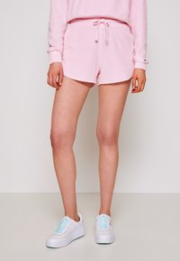 Tommy Jeans - Shorts - romantic pink - 0