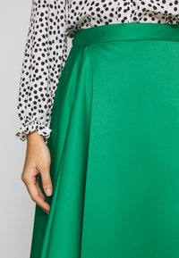 Love Copenhagen - ZOEYLC SKIRT - A-Linien-Rock - jolly green - 4