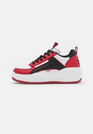 VEGAN FLAT - Sneakers - black/red