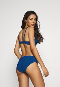 LOU Lingerie - ANTIBES SLIP - Bikini bottoms - blue azure - 2