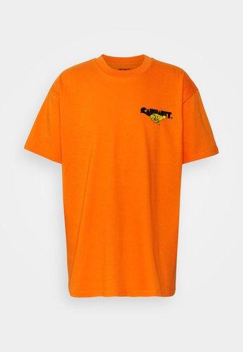 RUNNER - Print T-shirt - hokkaido