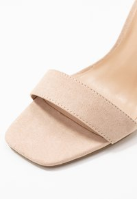 Miss Selfridge - STEFFI - Sandaler med høye hæler - nude - 2
