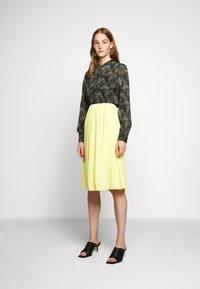 Bruuns Bazaar - DRAW MEG - Button-down blouse - haze - 1