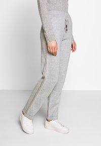 Repeat - TROUSER - Tracksuit bottoms - grey - 0