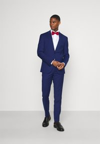 Tommy Hilfiger Tailored - FLEX STRIPE SLIM FIT SUIT SET - Oblek - blue - 1