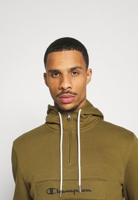 Champion - LEGACY - Sweat à capuche - olive - 3