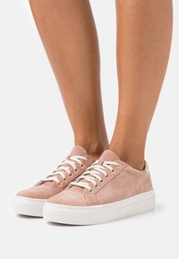 Vagabond - ZOE - Trainers - dusty pink - 0