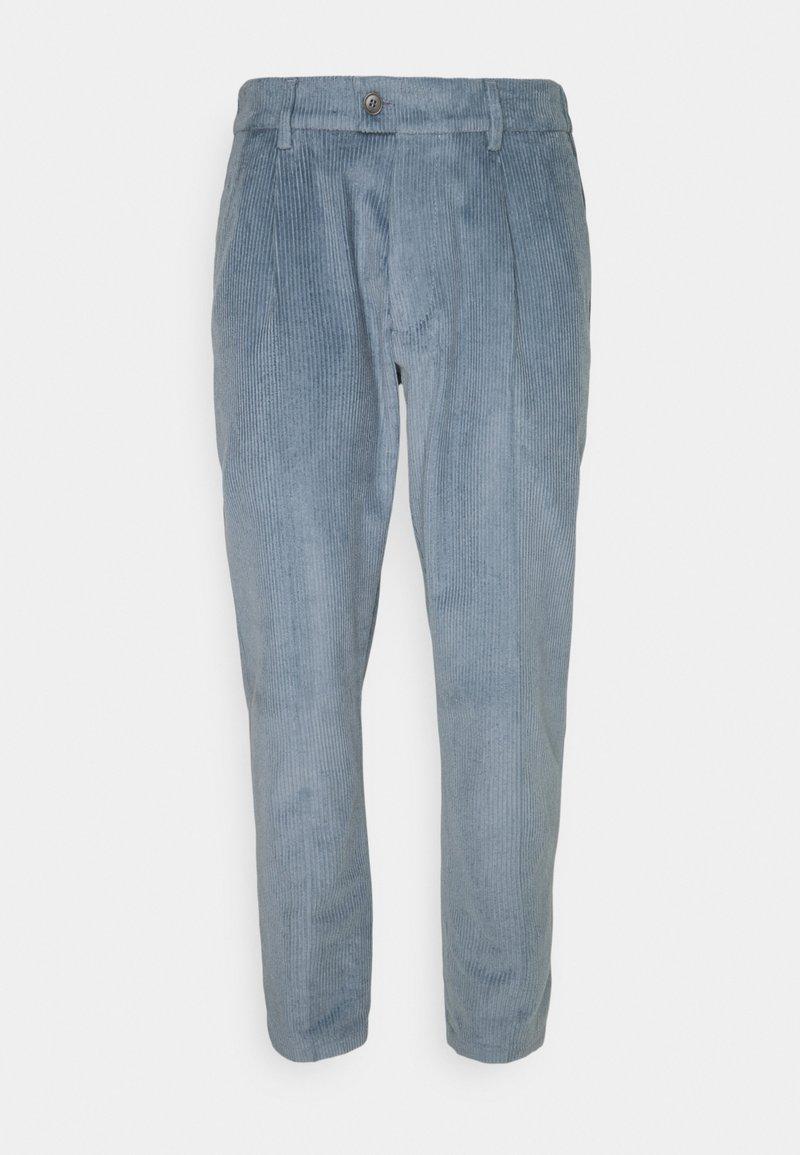 DRYKORN - CARE - Chino kalhoty - blau