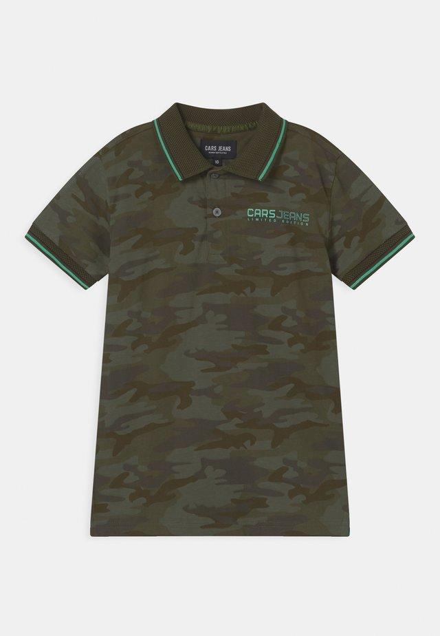 BASCIT  - Polo shirt - khaki
