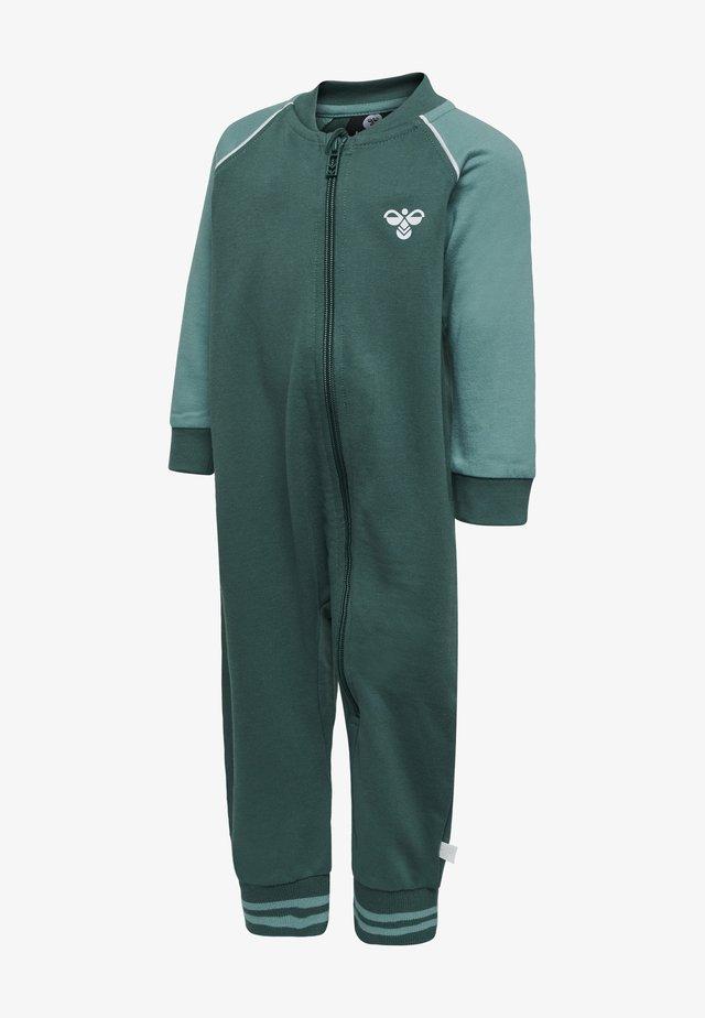 HMLMARLIN  - Overall / Jumpsuit /Buksedragter - mallard green