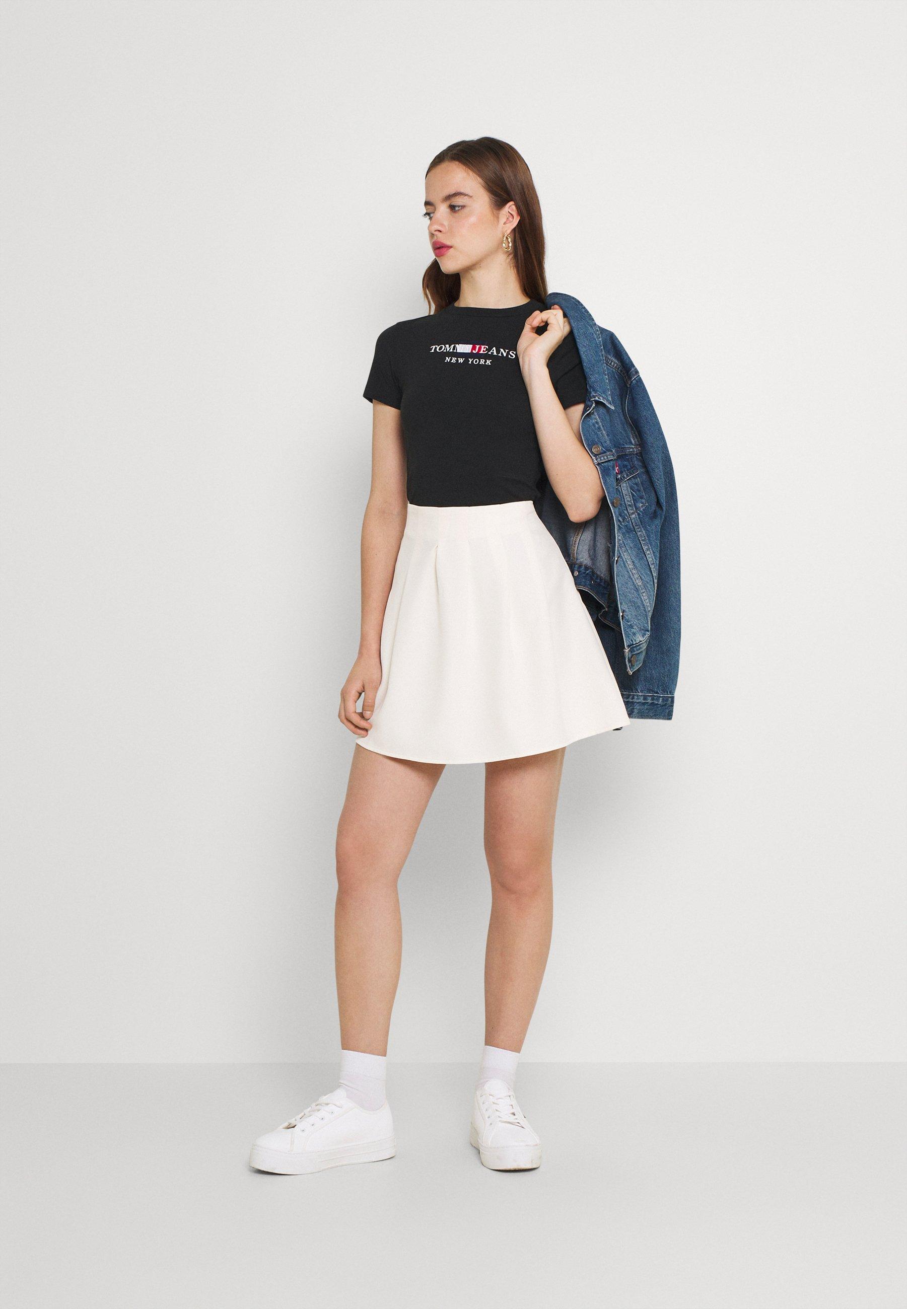 Women TIMELESS BODY - Print T-shirt