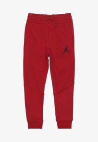 Jordan - WINGS PANT - Pelipaita - gym red - 4