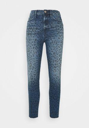 ALI HIGH RISE CIGARETTE RAW AFTER - Jeans Skinny Fit - blue denim