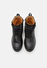 Timberland - OAKROCK WP ZIP BOOT - Lace-up ankle boots - black