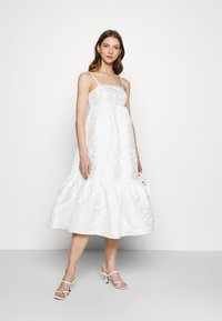 Gina Tricot - LIZETTE DRESS - Cocktail dress / Party dress - offwhite - 1