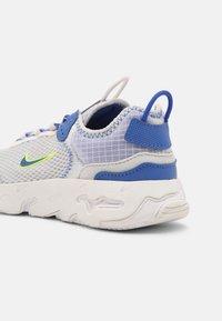Nike Sportswear - RT LIVE UNISEX - Baskets basses - grey fog/game royal/platinum tint/iron grey - 4