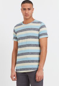 Solid - RUNDHALSSHIRT THICCO - Print T-shirt - light blue - 0