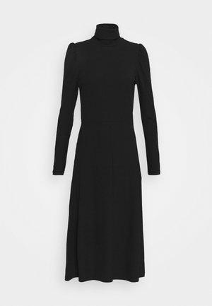 ONLNELLA ROLL NECK DRESS - Strikket kjole - black